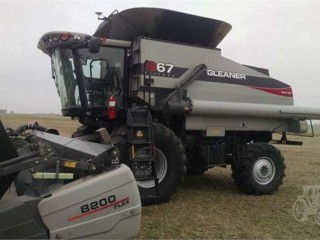 2014 Gleaner S67 Combine For Sale in Green Ridge, Missouri 65332
