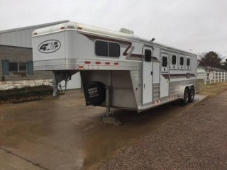 2007 4-Star Horse Slant Trailer for Sale in Gordenville, Texas 76245
